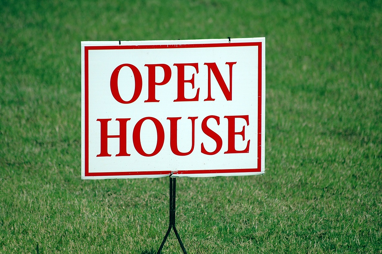 "An ""open house"" sign."