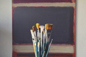 Brushes Art - Fine art international transportation tips