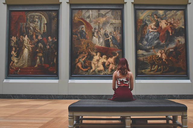 Art Woman - Fine art international transportation tips