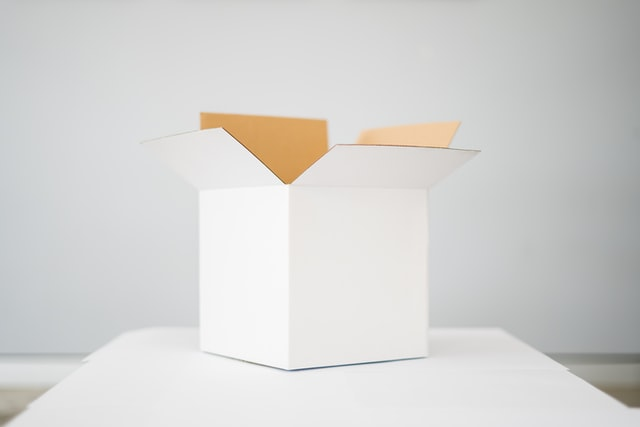 A white box, representing the best packing materials for your move.